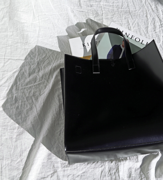 Modern Square Dot bag (2color) (5월중순 재입고)