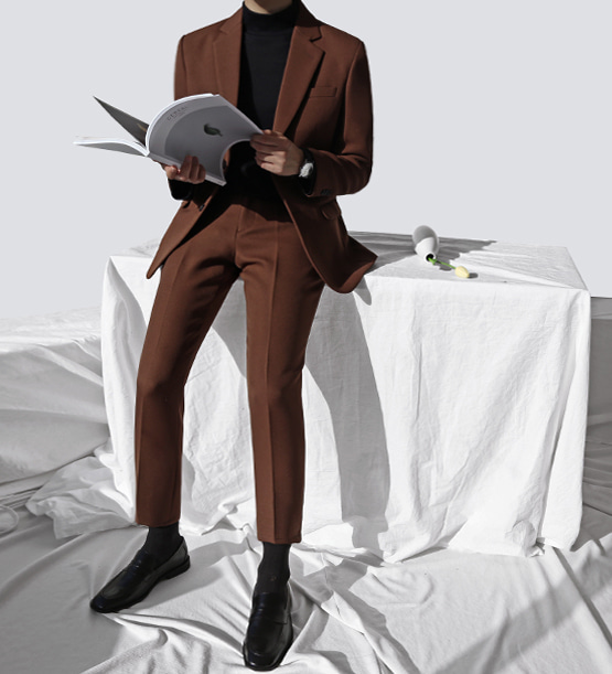 F/w single brown suit (1color)