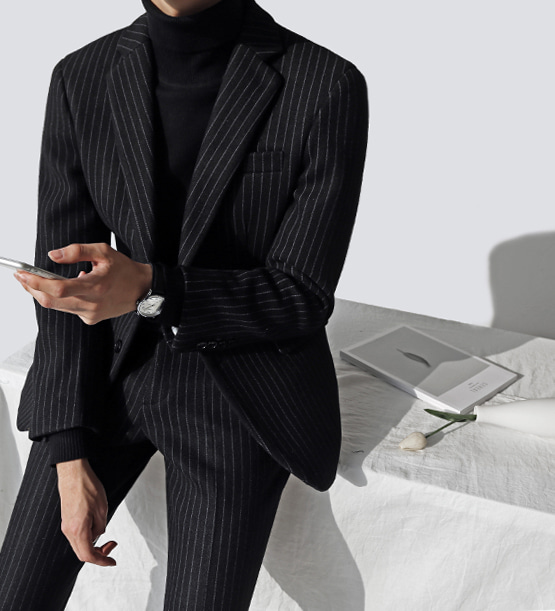 Cashmere stripe black suit (1color) (wool 73%) (한정판매)